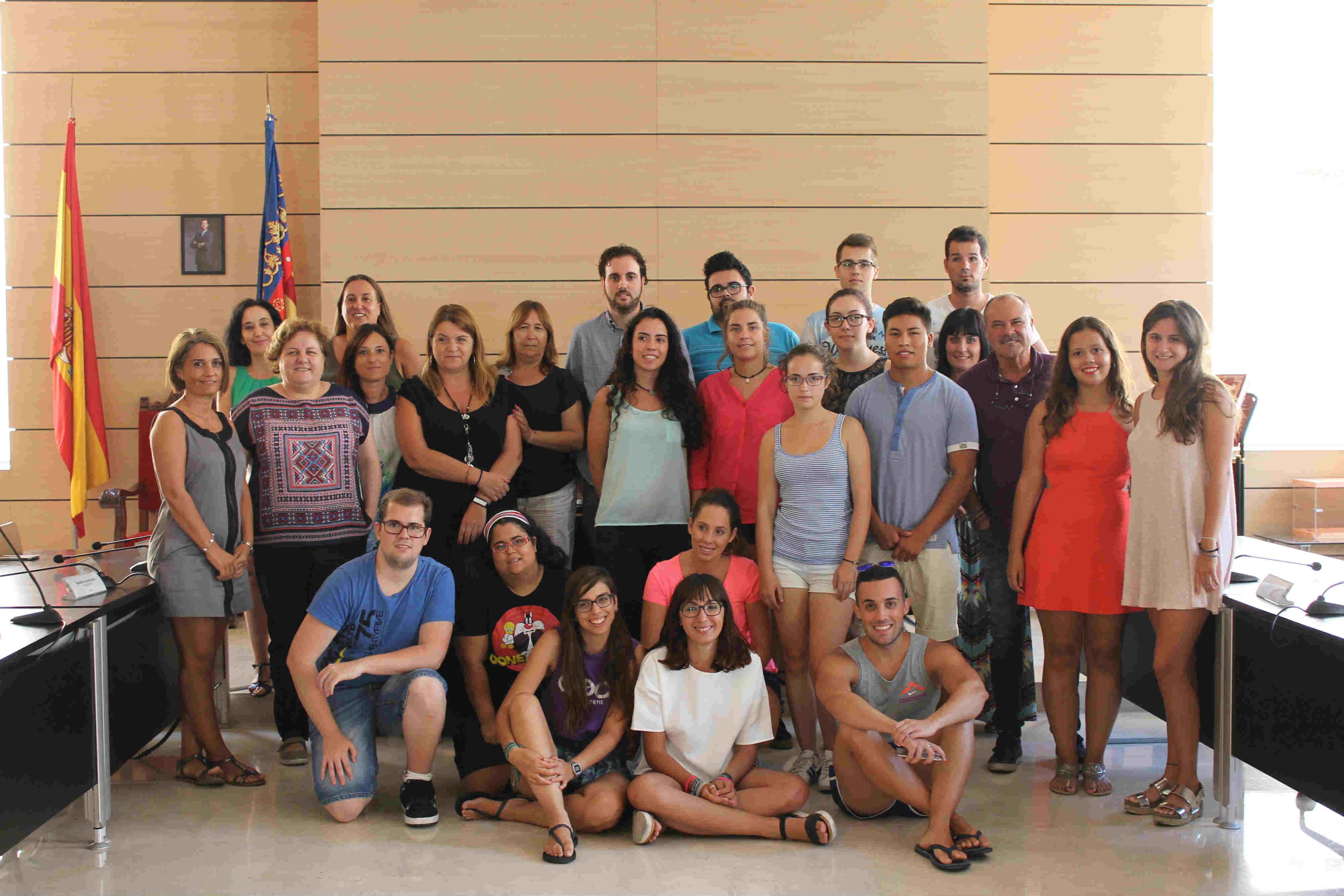 Alfafar oferta 16 becas de formaci n a estudiantes con el - Beca comedor valencia 2017 18 ...