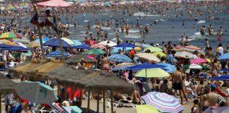 El truco definitivo para limpiarse la arena de la playa
