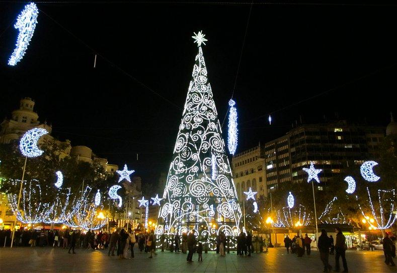 La ciudad de valencia ya prepara su decoraci n navide a - Decoracion en valencia ...