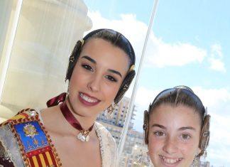 Falleras mayores de Paterna en balcón 7 Televalencia 2018