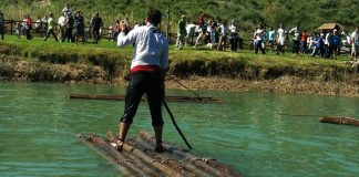 Fiesta de la Maderada Cofrentes río Cabriel