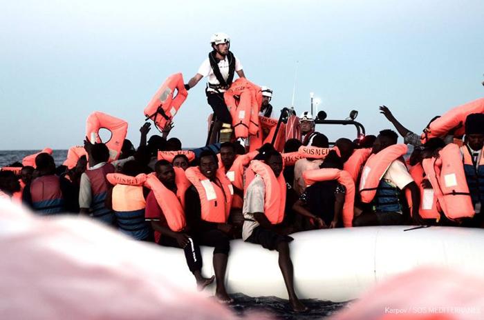 Pedro Sánchez ofrece Valencia para acoger el barco 'Aquarius' con 629 inmigrantes