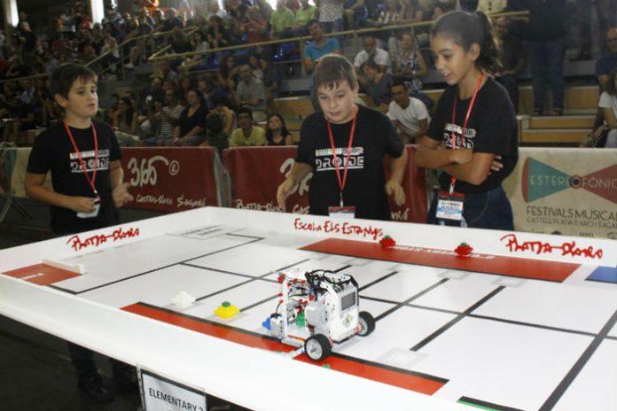 Imagen de la competición de Robots
