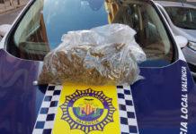 Detenido con 1 kilo de hachís en el coche