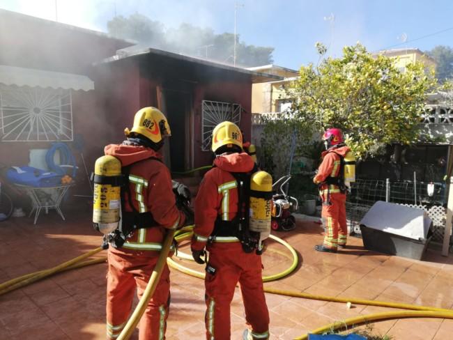 Un incendio en la Canyada