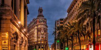 Así será la nueva crisis económica que azotará a España: más paro y frenazo del turismo
