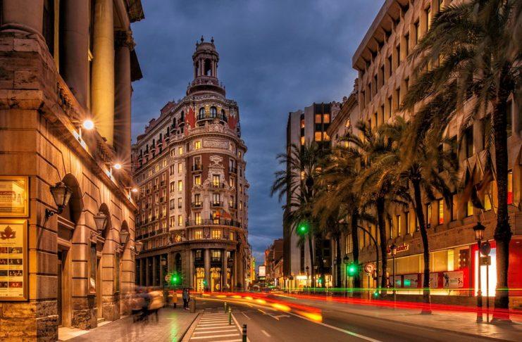 Valencia se convierte en la sede del banco más grande de España