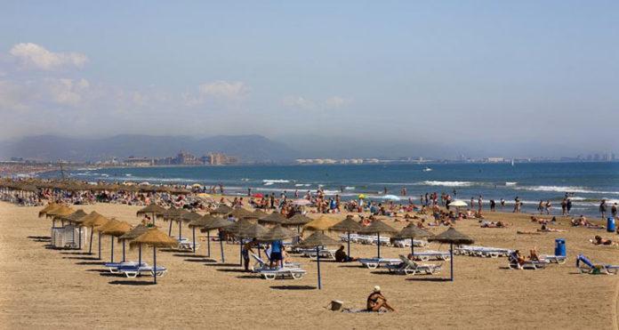 playa. veranos de 5 meses