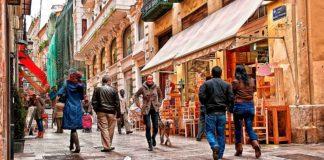 El comercio local del centro de Valencia entra en peligro de extinción