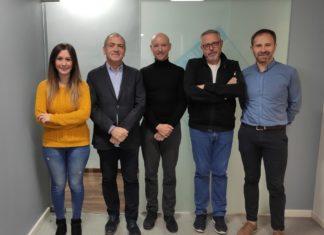 Equip de La Graella junt amb Toni Bernabé, Javier Solsona i Evarist Caselles