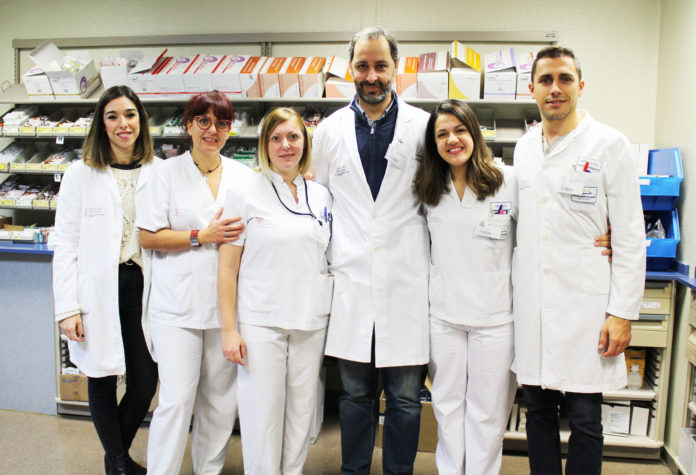 Miembros del equipo del grupo Ribera Salud que trabajan en el programa del VIH.