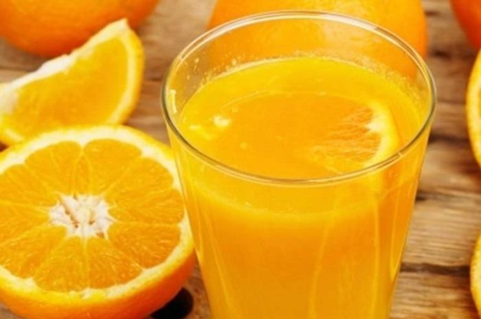 Zumo de naranja gratis bares valencia