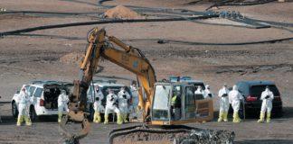Alrededor de 30 guardias civiles trabajan en la búsqueda del cuerpo de Marta Calvo en el vertedero de Dos Aguas. EFE/Kai Försterling