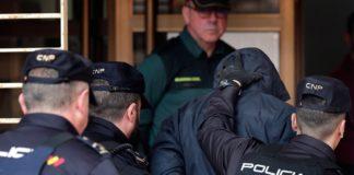 El autor confeso del crimen de Marta Calvo en los juzgados de Alzira. EFE/ Manuel Bruque