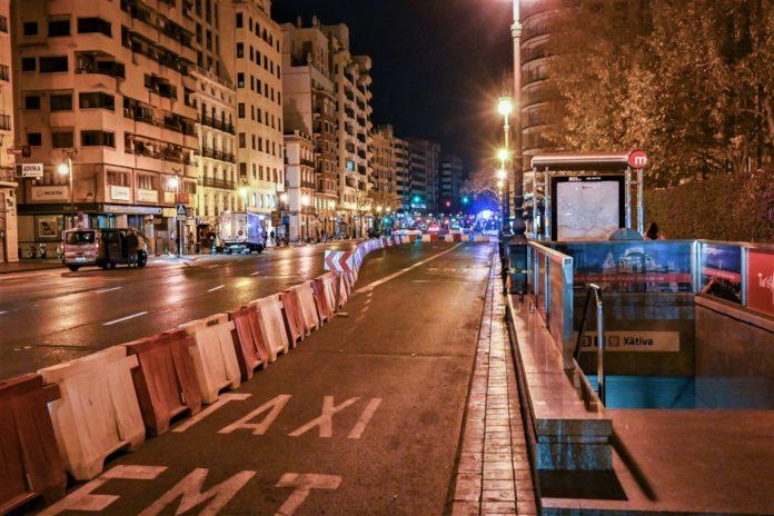 Obras del intercambiador de la EMT en la calle Xàtiva / FUENTE: EP