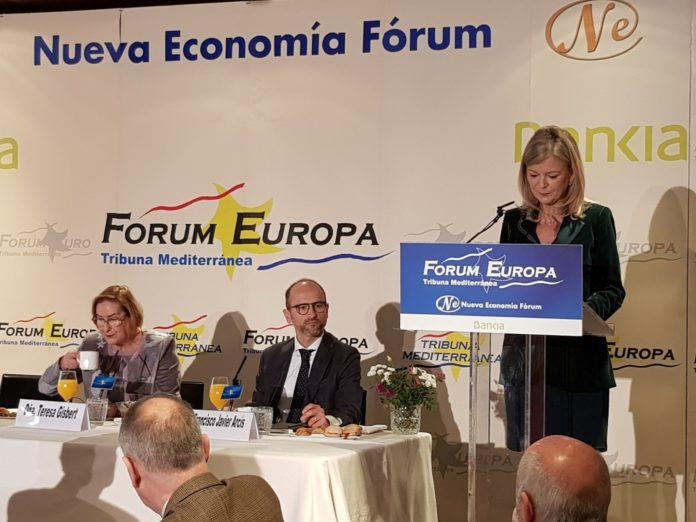 Gabriela Bravo en su intervención en el Fórum Europa.