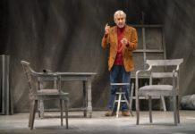José Sacristán interpreta a Miguel Delibes en 'Señora de rojo sobre fondo gris'.