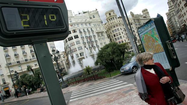 El 'veranillo' de febrero regresa para marcar un nuevo récord de calor en Valencia