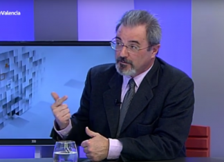 """Carlos Flores: """"Van a institucionalizar con la eutanasia el homicidio estatal"""""""