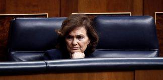 Carmen Calvo, ingresada por una infección respiratoria