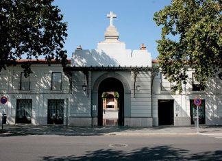 Valencia cierra las puertas de los cementerios y prohíbe los velatorios