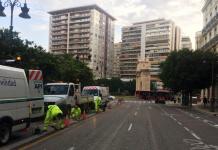 La calle Colón se despide de su doble carril y se cierra al tráfico temporalmente