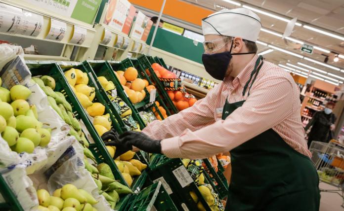 Consum oferta 4.000 empleos y no pide experiencia previa