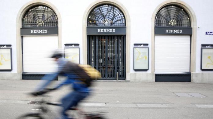 Empresarios valencianos piden la reapertura de comercios, hoteles y restaurantes
