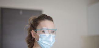 La OMS avisa de que las mascarillas de algodón pueden ser fuente potencial de infección