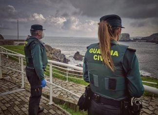 La Guardia Civil detiene a dos por personas por robo con la técnica mata león