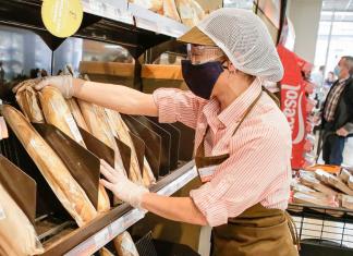 Consum oferta 5.000 puestos de trabajo y no pide experiencia previa