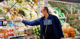 Una cadena de supermercados obligará a llevar mascarilla para comprar a partir del lunes