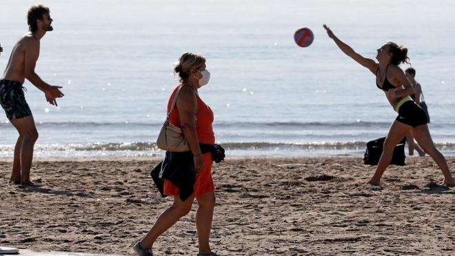 Todo lo que podrás hacer si vas a la playa en Fase 2