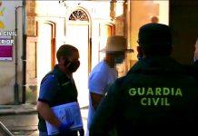 Nacho Vidal durante la detención de la Guardia Civil.