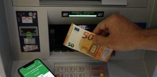 El BBVA permite sacar dinero sin contacto para evitar contagios