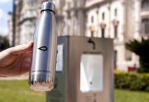 Instalan tres fuentes para rellenar botellas con agua fresca en Valencia