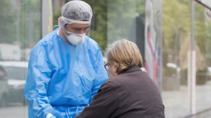 Un centro de salud valenciano registra un brote de coronavirus