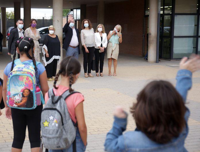 Los colegios valencianos reabren sus puertas para iniciar el