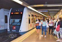 Piden aumentar la frecuencia de metro y tranvía para evitar aglomeraciones y frenar la tasa de contagios