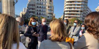 """Los vecinos de l'Eixample se sienten """"abandonados"""" ante la oleada de robos en el centro"""