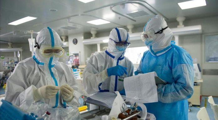 El coronavirus se descontrola y deja la cifra más alta de fallecidos horas antes de acabar el año
