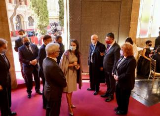VÍDEO | La accidental caída de Vicente Boluda que sorprende a la Reina