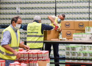 Una empresa valenciana dona 2.185 kilos de alimentos a las familias más afectadas por la pandemia