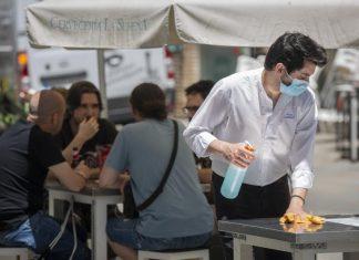Distintas Comunidades Autónomas imponen restricciones para paliar la segunda oleada de coronavirus