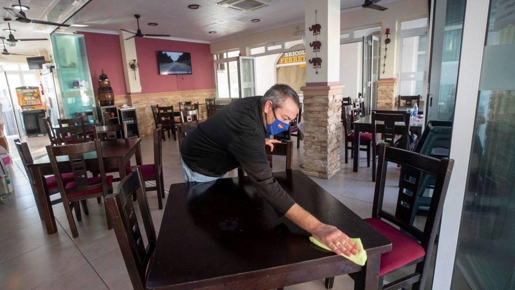 Murcia impone la suspensión de la hostelería