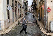 """Alerta de la OMS: Europa está en """"alto riesgo"""" de vivir la tercera ola de contagios"""