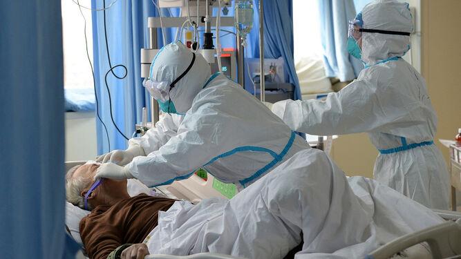 Los pacientes con coronavirus llegan a los gimnasios de los hospitales