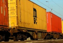 amputan las piernas por saltar en un tren en marcha