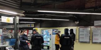 3.000 viajeros del metro desalojados por el uso incorrecto de mascarillas