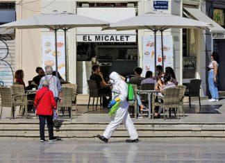 La hostelería valenciana critica la desescalada del Consell y rechaza reabrir sólo con terrazas